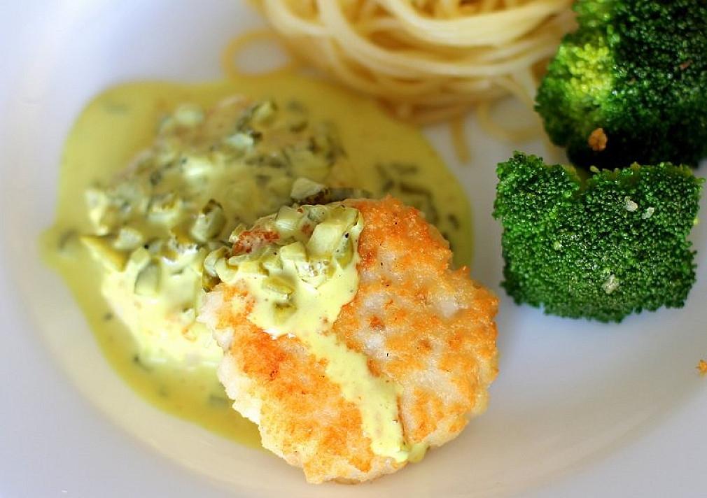 Žuvies maltinukai su kario padažu (naudoju menkę)