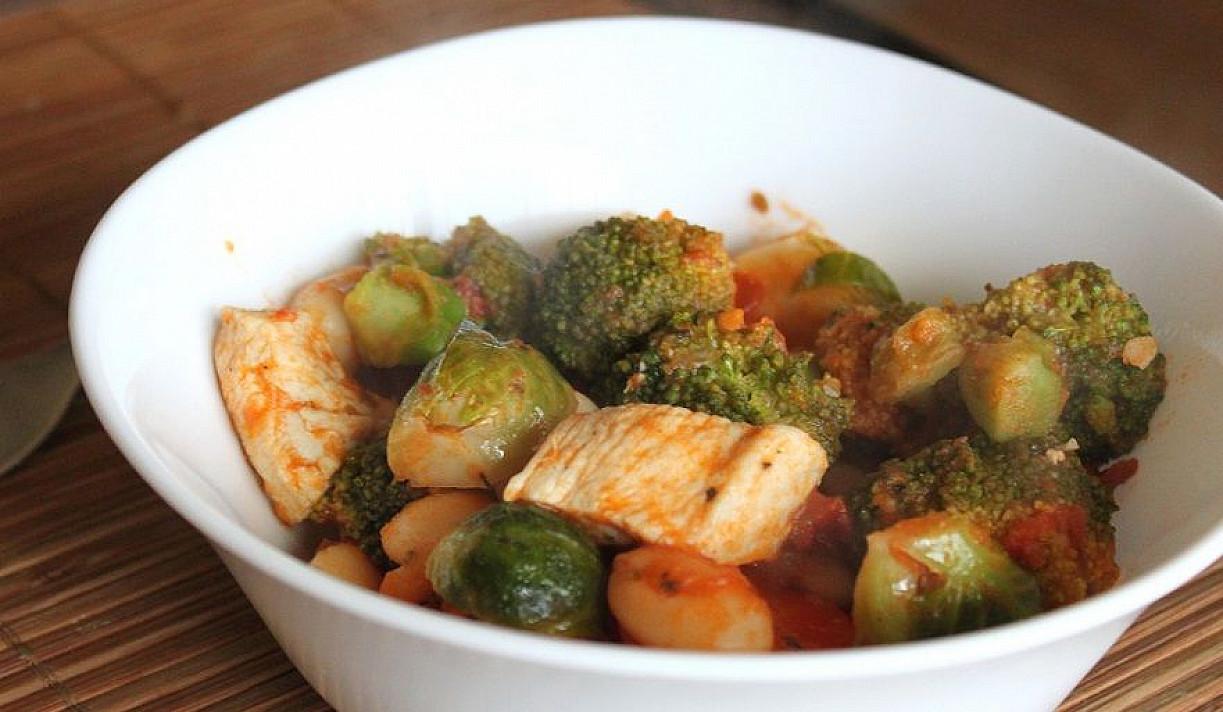 Vištienos ir daržovių troškinys
