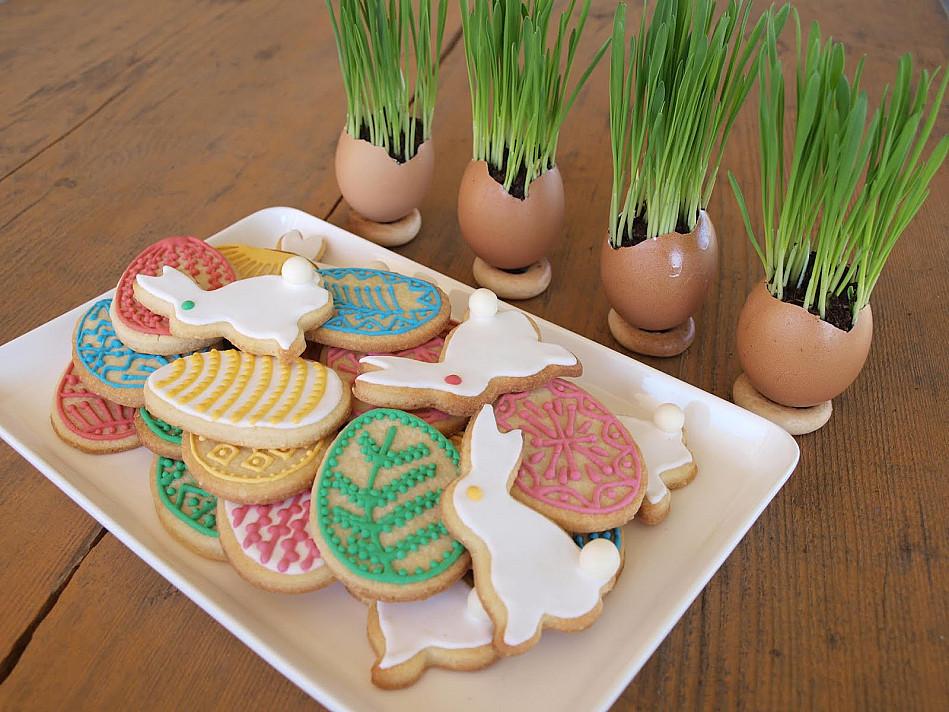 Migdoliniai trapūs sausainiai Velykoms