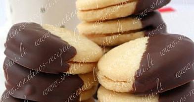 Sviestiniai sausainiai su kondensuotu pienu ir šokoladu