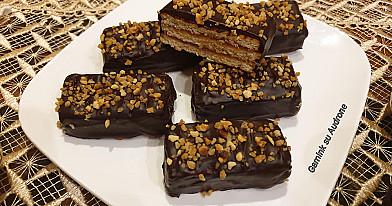 Greitai pagaminamas sausainių desertas
