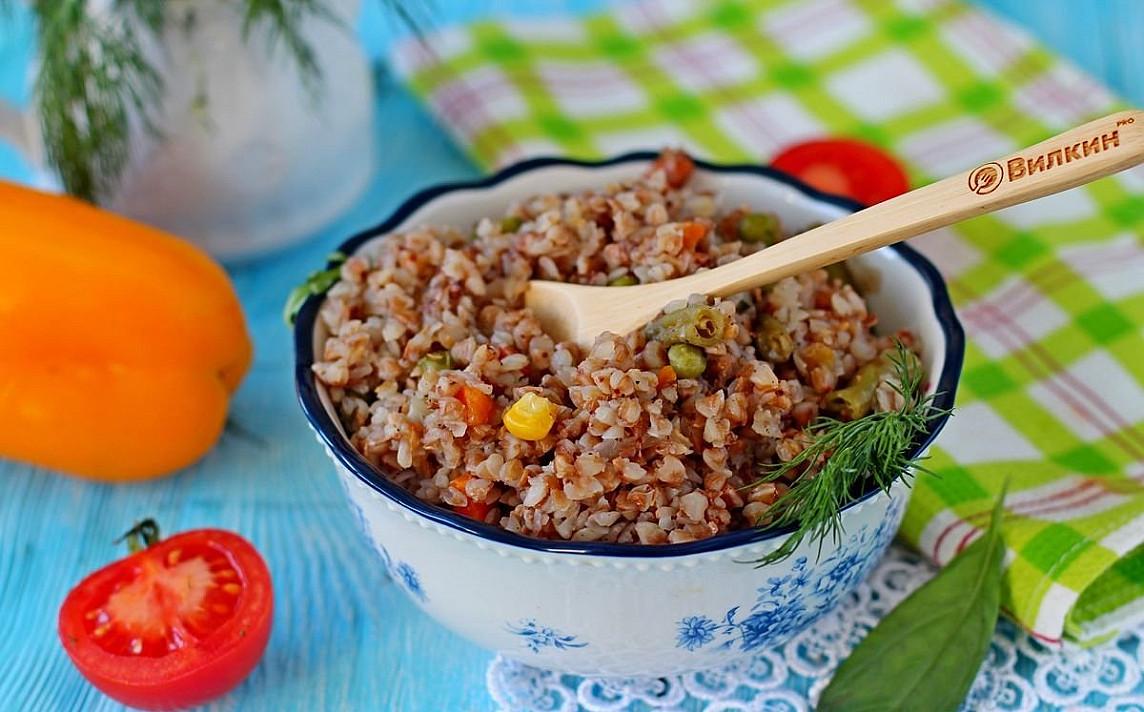 Kasza gryczana z warzywami w powolnej kuchence