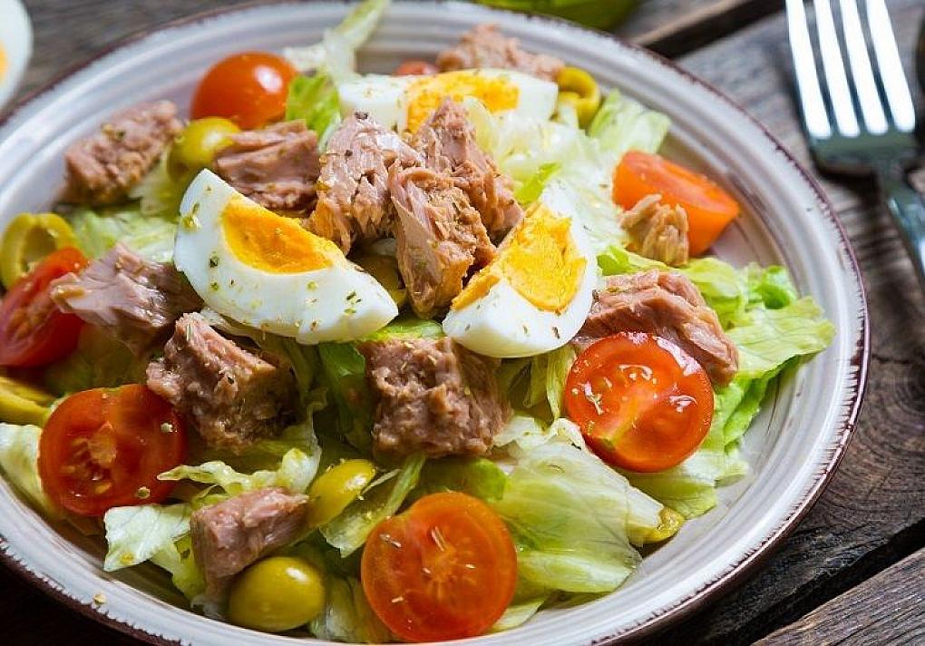 Tuno salotos – per 15 minučių (sveikas receptas)