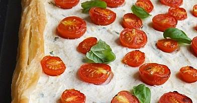 Pomidorų ir sūrio tarta