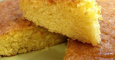 Apelsininis kukurūzų miltų pyragas
