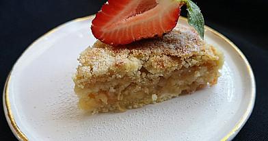 Birių produktų obuolių pyragas be kiaušinių