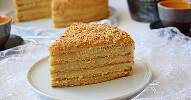 Klasyczne ciasto - tort miodowy z kremem