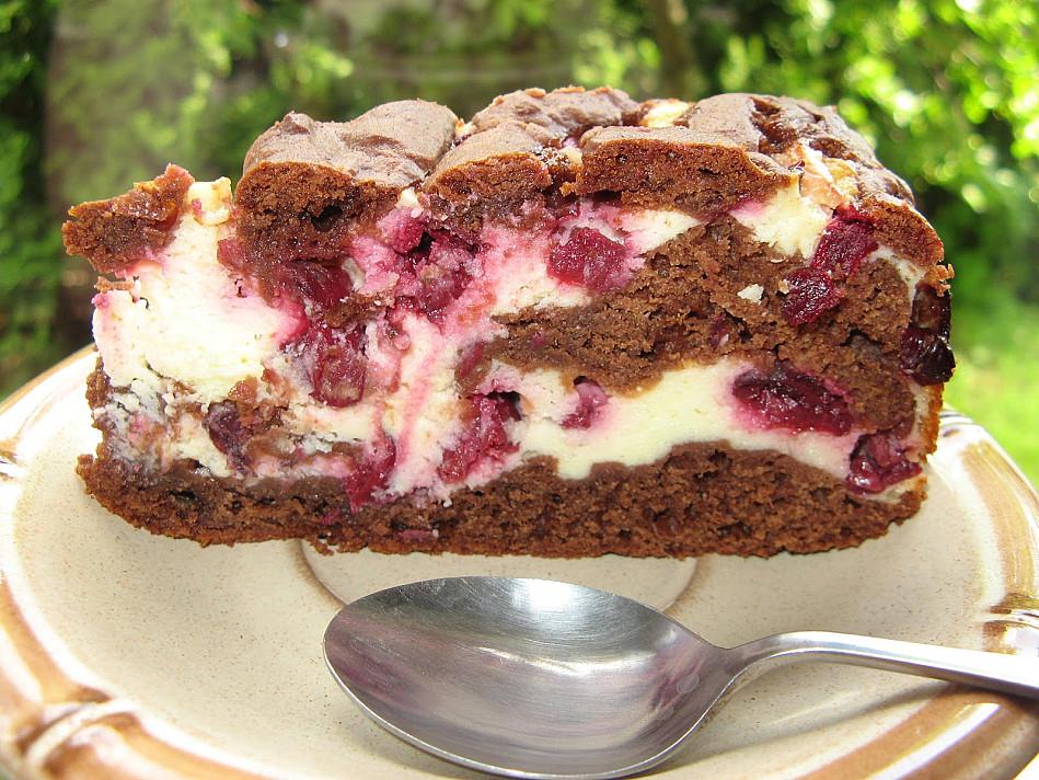 Pyragas: Browni's su varške ir vyšniomis