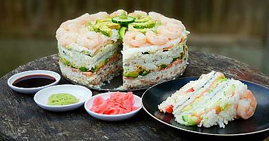 Sushi (Suši) Tortas su lašiša, tunu ir krevetėmis