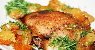 Duszone udka z kurczaka z ziemniakami i warzywami