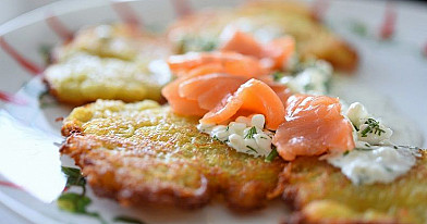 Potato Pancakes with Granular Curd Sauce and Salmon