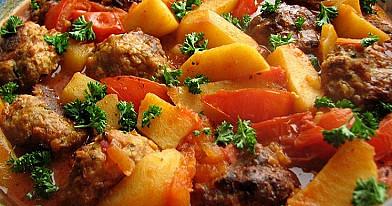 Mėsos kukuliai turkiškai