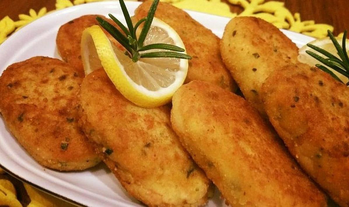 Traškūs bulvių kepsneliai su lašiša