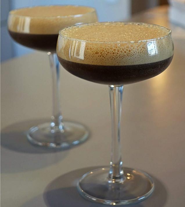 Alkoholinis kavos kokteilis: Espresso martini