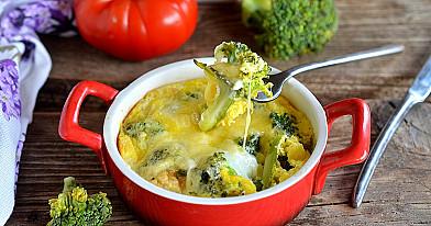 Brokuły z jajkiem serem w piekarniku