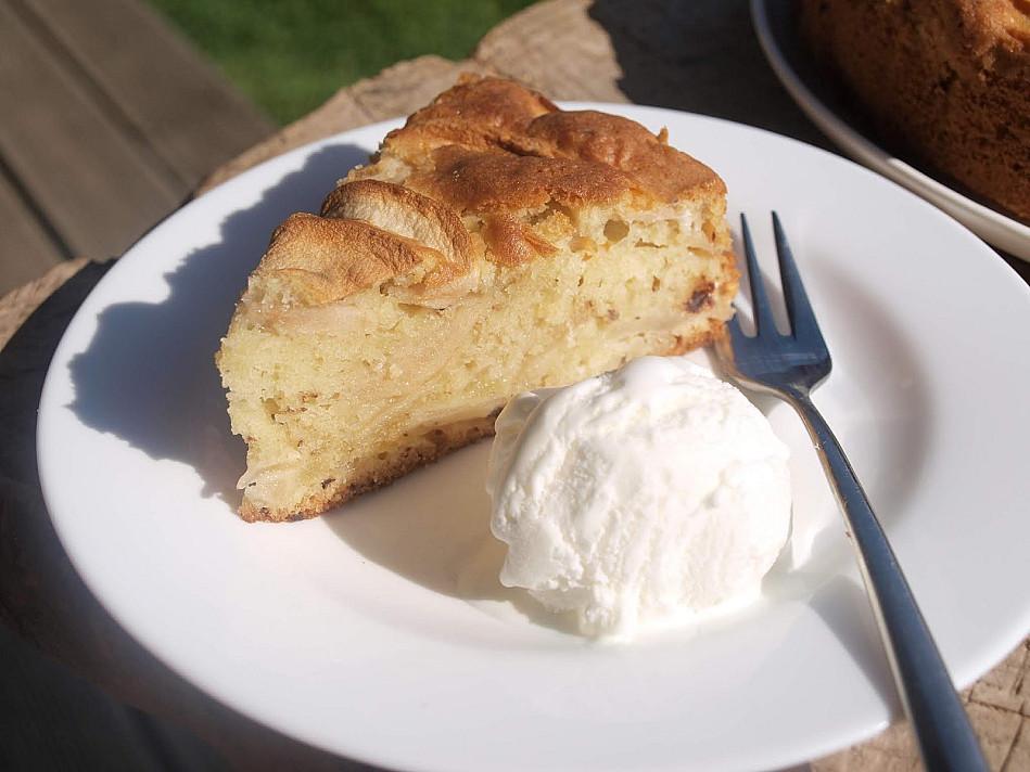 Tobulas sviestinės tešlos obuolių pyragas