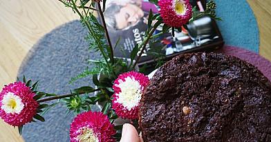 Beatos šokoladiniai sausainiai su riešutais ir balto šokolado gabaliukais