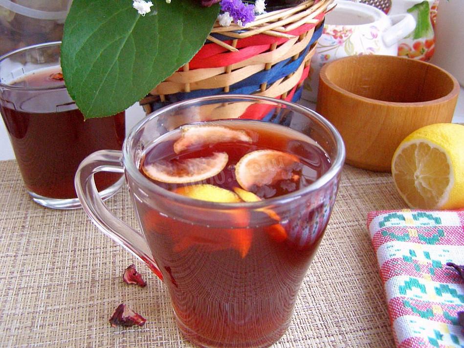 Klasyczny alkoholowy poncz z rumem