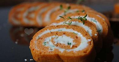 Suktinukai su lydyto sūrio kremu