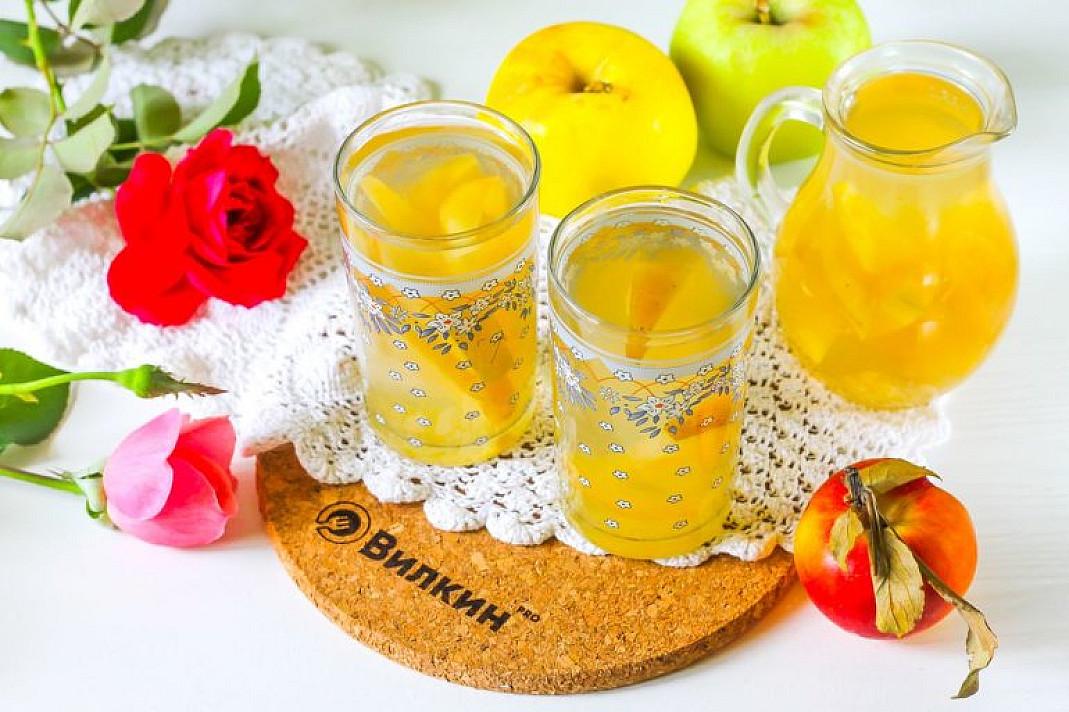 Kompot jabłkowy ze świeżych jabłek