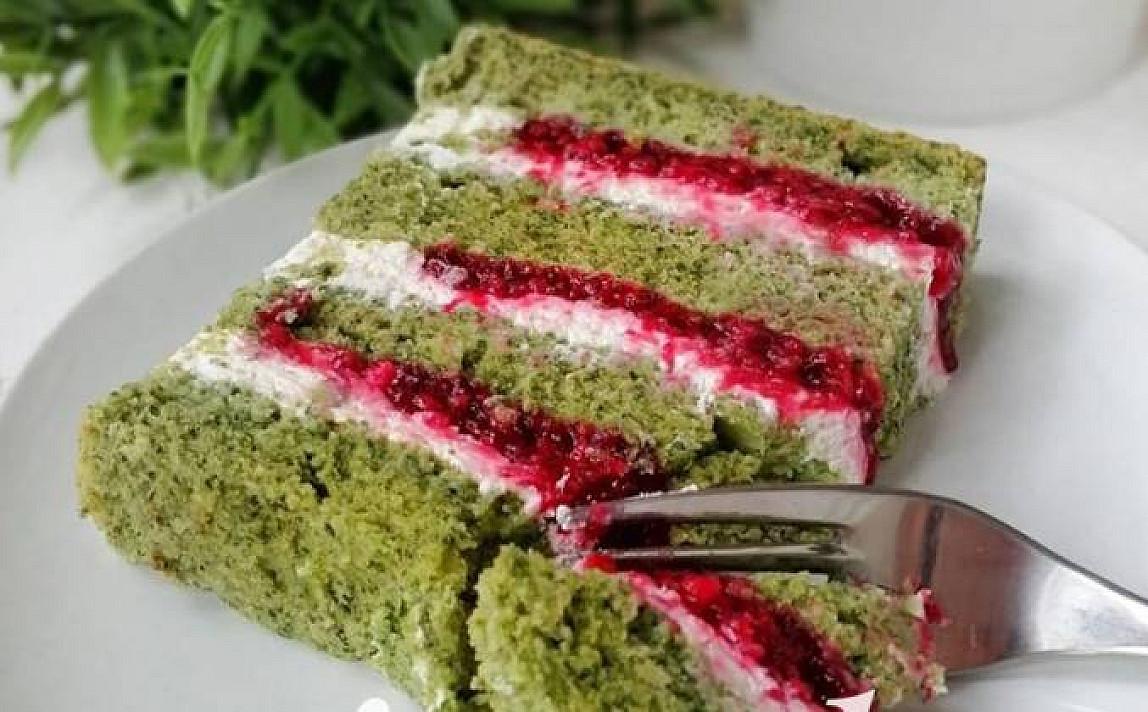 Špinatų tortas su pertepimu ir glajumi pagal Beatą