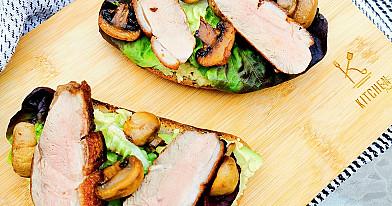 Karšti antienos sumuštiniai su avokadais ir pievagrybiais