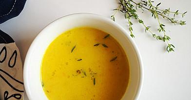 Trinta morkų ir kuskuso sriuba su vištiena