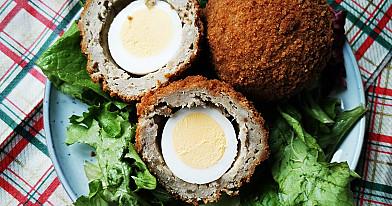 Traškūs Škotiški kiaušiniai su kiaulienos faršu