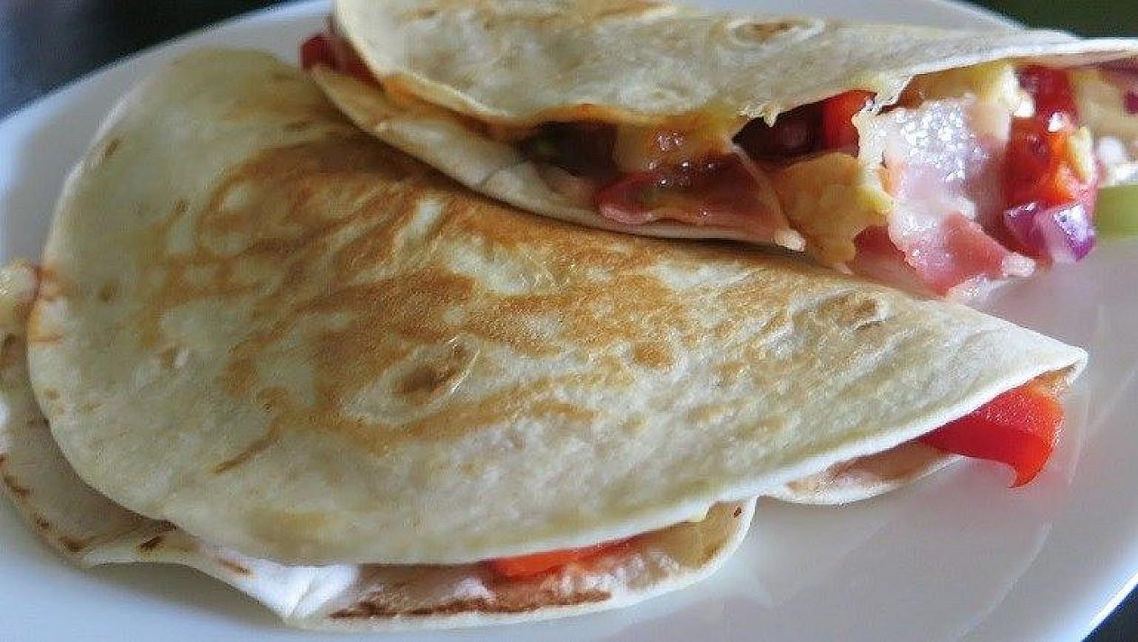 Pusryčių kesadilija su kiaušiniais