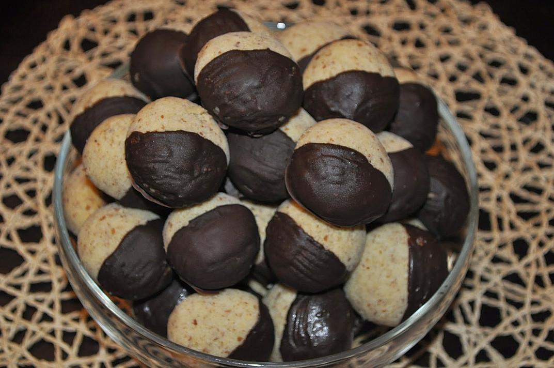 Печенье пекан с шоколадом, запеченное в духовке