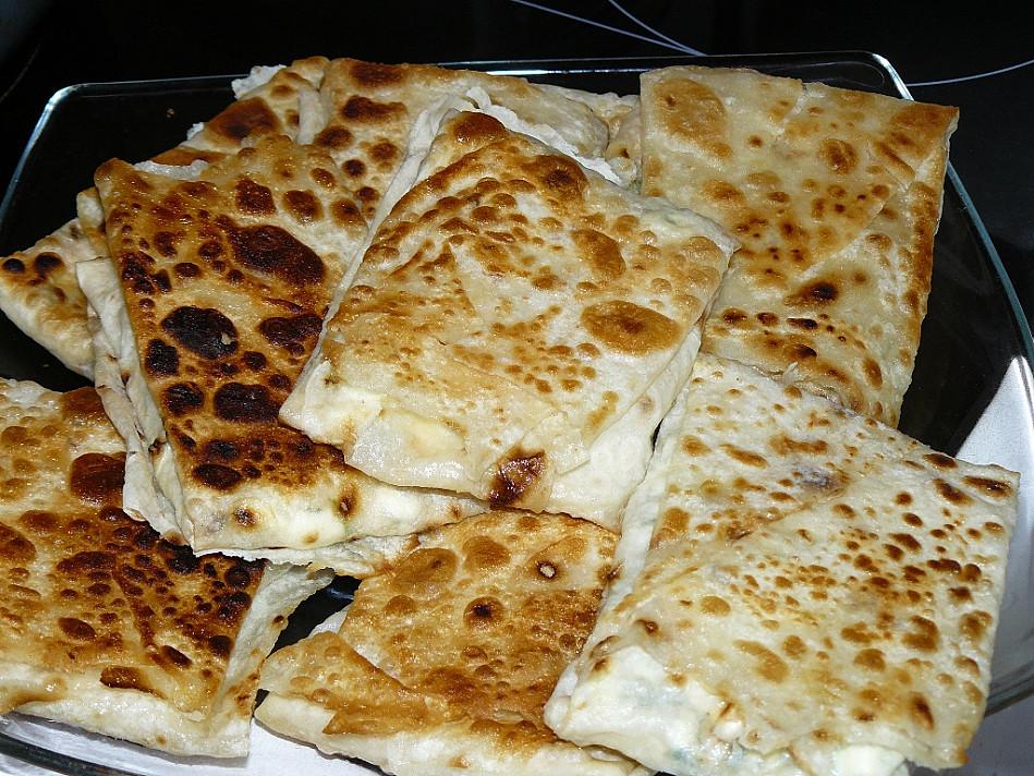 Пирожки из лаваша с начинкой, запеченные на сковороде