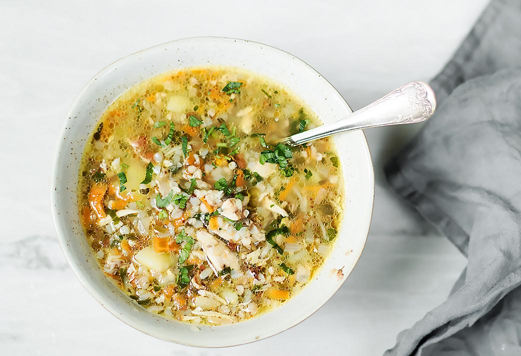 Tiršta grikių sriuba su vištiena