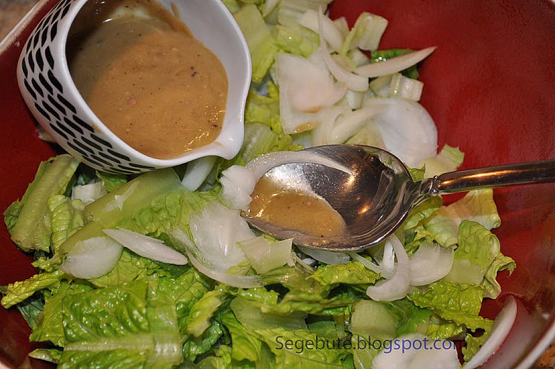 Cezario salotų padažas - cezario salotos su vištiena / krevetėmis ar lašiša