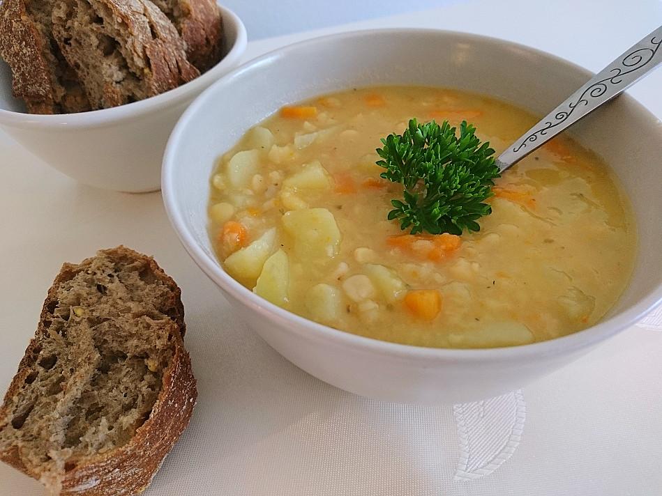 Веганский суп из сломанного гороха