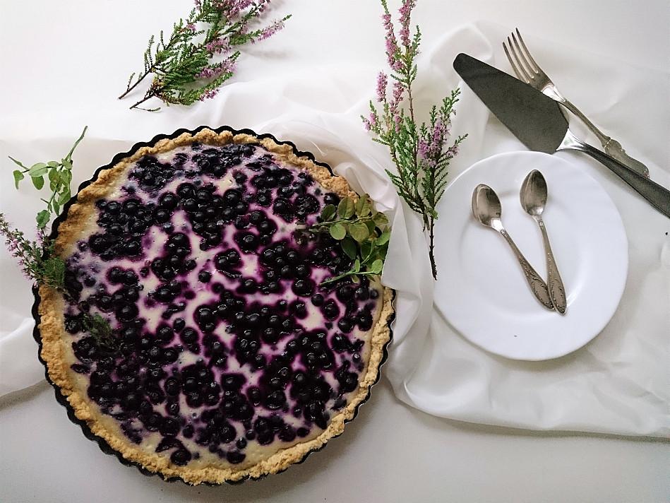 Веганский черничный пирог с йогуртовой начинкой