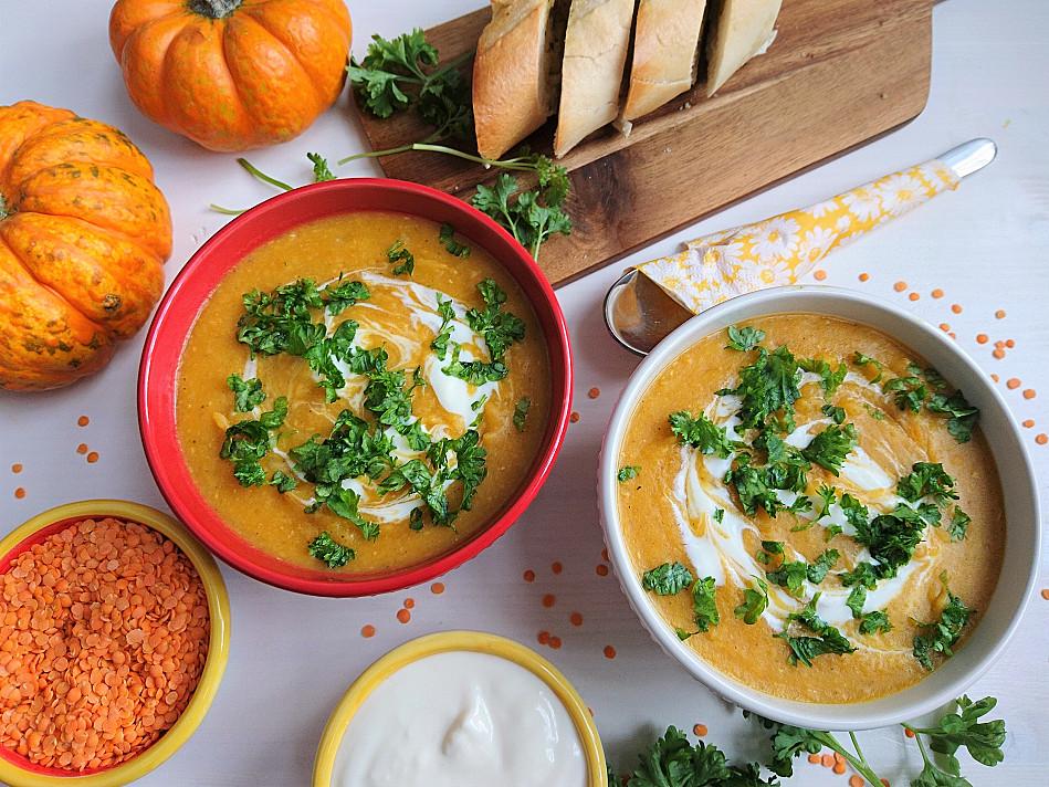 Веганский тертый тыквенный суп с красной чечевицей
