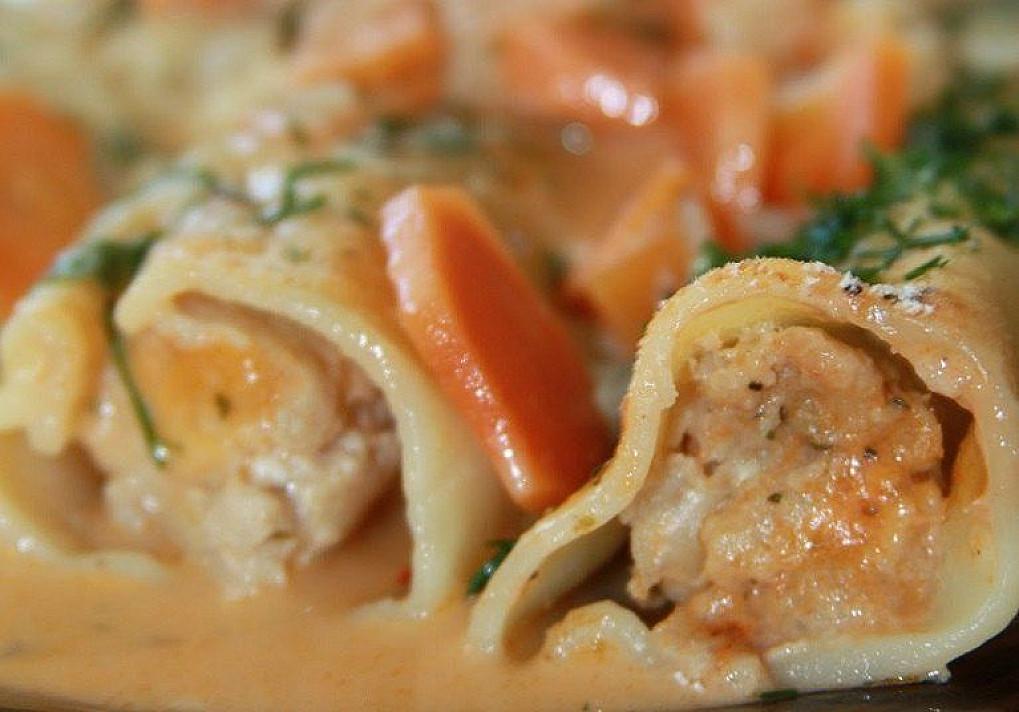 Cannelloni makaronai troškinti grietinėlėje