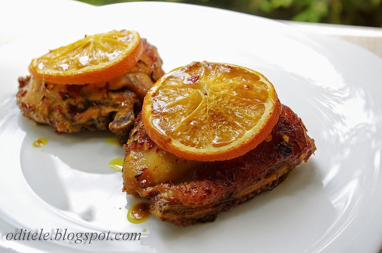 Orkaitėje kepti vištienos kumpeliai su apelsinais ir medumi