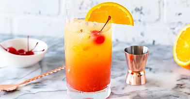 """Восходящее солнце (""""Tequila Sunrise"""") - алкогольный коктейль"""