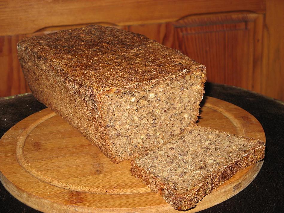 Ruginė duonytė su raugu