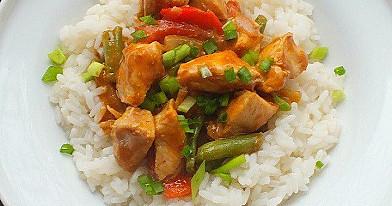 Thailändisches Huhn mit Erdnussbutter