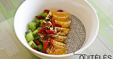 Sveiki pusryčiai: ispaninių šalavijų (chia) sėklų pudingas