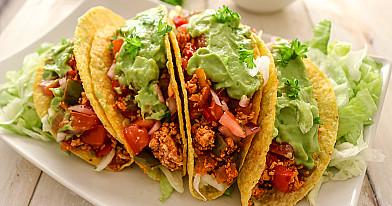 Мексиканские веганские тако с тофу и соусом гуакамоле
