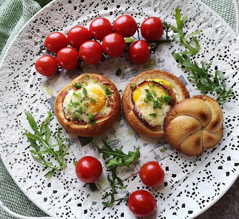 Kiaušinis keptas bandelėje