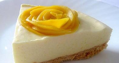 Mangų putėsių tortas (nekeptas)