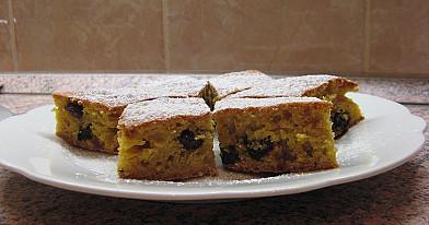 Lengvas ir purus moliūgų pyragas su džiovintais vaisiais pagal Beatą
