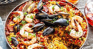 Paella receptas su jūros gėrybėmis (krevetėmis, midijomis...)