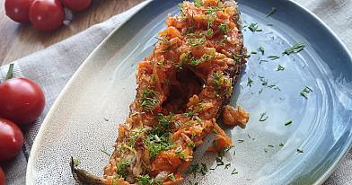 Mano gyvenimo žuvis - keptas karšis keptuvėje su svogūnais ir morkomis