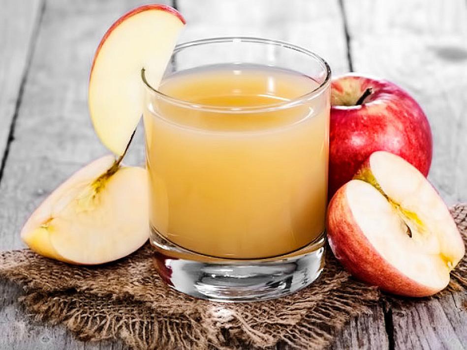 Skanios obuolių sultys žiemai