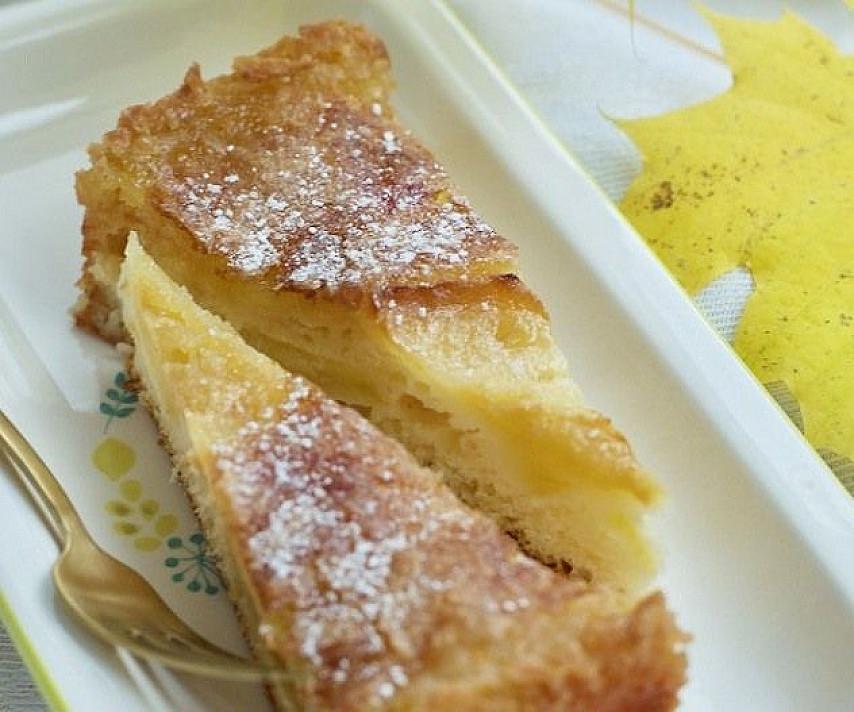 Obuolių pyragas su traškučiu (traškia plutele)